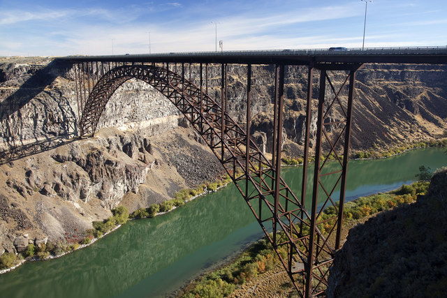 Perrine Bridge, Twin Falls, Idaho (DennyThurston Photography/Thinkstock)
