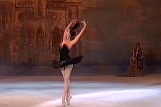 Legendary Russian ballerina Maya Plisetskaya dies | Las ...