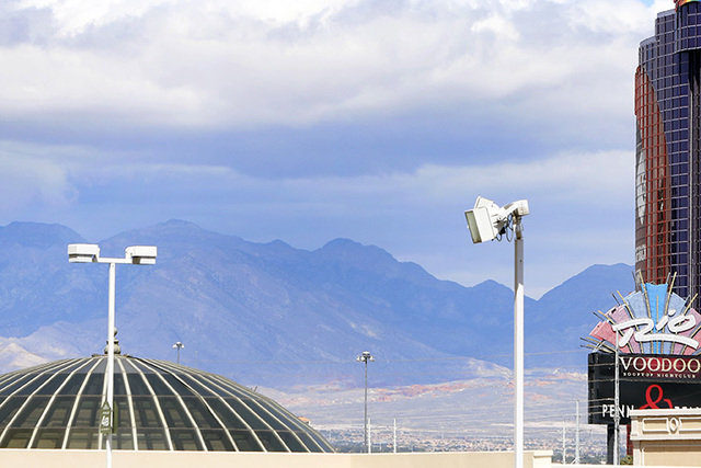 Clouds commenced to loom above the Las Vegas Valley on Friday, May 15, 2015. Clouds are expected to remain through Sunday, with possible thunderstorms coming Monday. (Bizuayehu Tesfaye/Las Vegas R ...