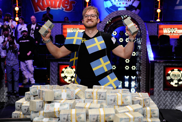 World series poker las vegas 2014 oster 6382 inspire 4-slice long slot toaster