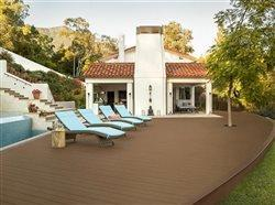 Tips for selecting the right decking material for your outdoor living space