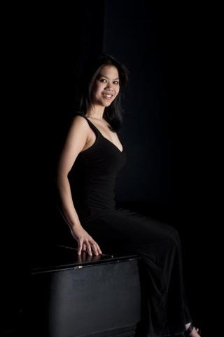 Pianist Alexandria Le, founder of the Las Vegas Wine and Music Festival. (Courtesy.)