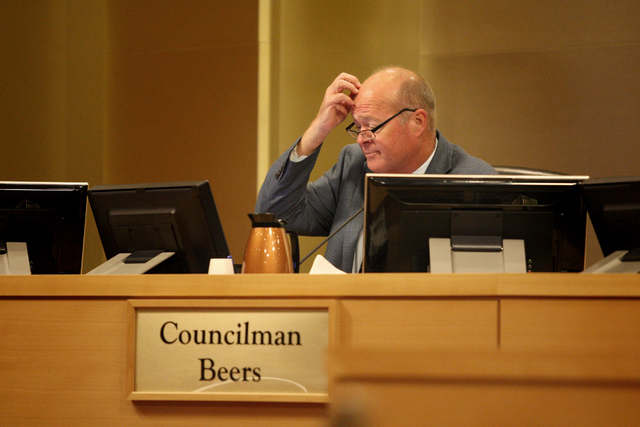 Councilman Bob Beers reviews documents prior to the Las Vegas city council meeting on Wednesday, May 6, 2015. (Michael Quine/Las Vegas Review-Journal) Follow Michael Quine on Twitter @Vegas88s