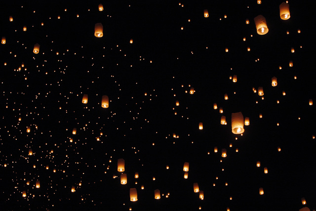 Paper lanterns head skyward at the RiSE Festival Saturday, Oct. 18, 2014 on a dry lake bed near Jean.  (Sam Morris/Las Vegas Review-Journal)
