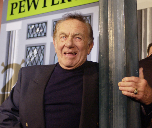 Comedian Jack Carter died Sunday at age 93. (Jim Ruymen/Reuters)