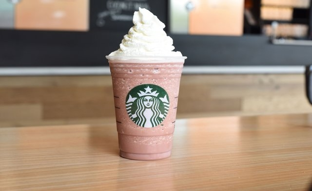 Red Velvet: mocha sauce + raspberry syrup + vanilla syrup + Frappuccino chips + milk + ice + whipped cream (Courtesy CNN)
