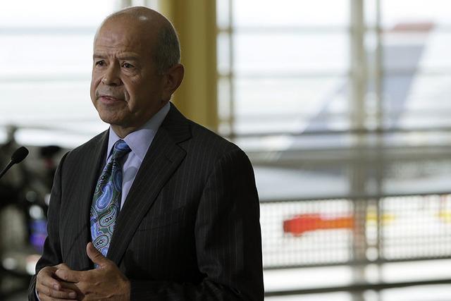 Federal Aviation Administration (FAA) Administrator Michael Huerta is shown at Reagan National Airport in Washington October 31, 2013.(REUTERS/Gary Cameron)