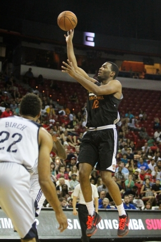 T.J. Warren (12) shoots against the New Orleans Pelicans at the Thomas and Mack Center in Las Vegas on Sunday, July 19, 2015. (James Tensuan/Las Vegas Review-Journal) Follow James Tensuan on Twitter