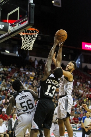 Lamar Patterson (13) shoots against the San Antonio Spurs at the Thomas and Mack Center in Las Vegas on Sunday, July 19, 2015. (James Tensuan/Las Vegas Review-Journal) Follow James Tensuan on Twitter