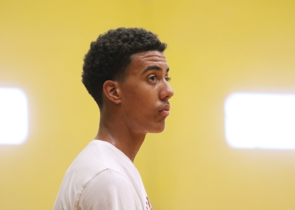 Greg Floyd Jr. is shown during a break in action at a Las Vegas Knicks basketball practice at Tarkanian Basketball Academy Tuesday, July 21, 2015, in Las Vegas. Floyd is a sophomore at Desert Pine ...