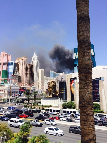 Fire at the Cosmopolitan on July 25, 2015. (Anabel Diaz/Facebook)