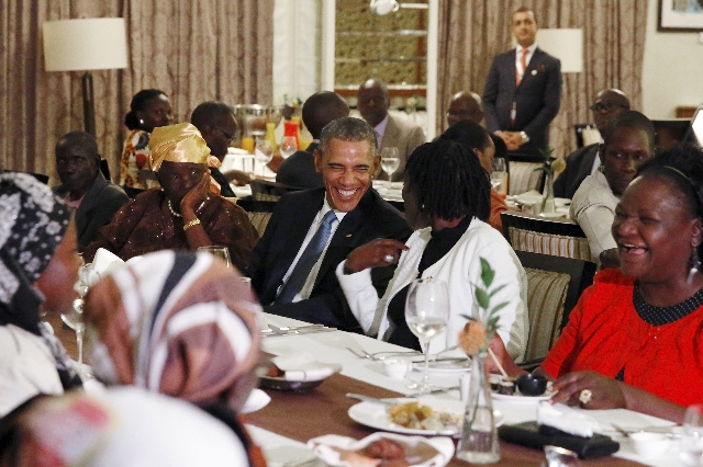 President Obama attends a private dinner with family members at his hotel restaurant after arriving in Nairobi, July 24, 2015. (Jonathan Ernst/Reuters)