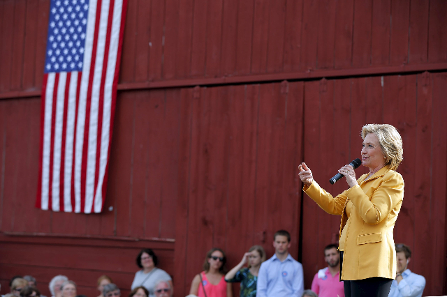 Democratic presidential candidate Hillary Clinton speaks during a campaign stop at Beech Hill Farm in Hopkinton, New Hampshire, July 28, 2015. (Brian Snyder/Reuters)
