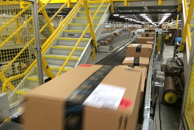 Amazon Fulfillment Center processed 426 orders per second on Cyber Monday, December, 1, 2014. (Courtesy, CNN)