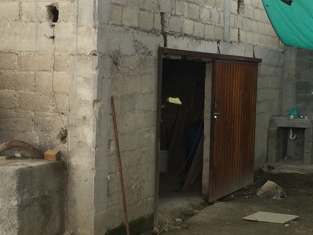 """A manhunt was underway for Mexican drug lord Joaquin """"El Chapo"""" Guzman, who authorities say slipped through a hole in a shower at the prison where he was held and made his way through a  ..."""