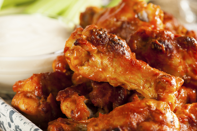 Hot and Spicy Buffalo Chicken Wings (Thinkstock)