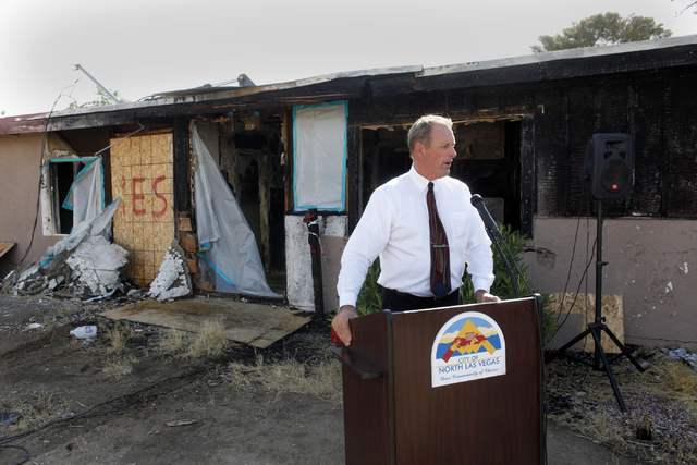 North Las Vegas Mayor John Lee speaks to the press at a blighted house on 108 E. Tonopah Ave. on Wednesday, July 1, 2015, in North Las Vegas. (James Tensuan/Las Vegas-Review Journal) Follow @jtens ...