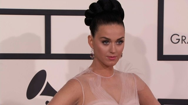 Katy Perry walks the red carpet at the 56th Annual Grammy Awards on January 26, 2014. (CNN)