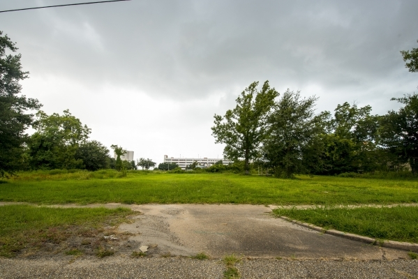 A empty lot where a house stood in Biloxi, Miss., before Hurricane Katrina is shown in mid-August. (Joshua Dahl/Las Vegas Review-Journal)