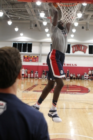 USA Basketball Men's National Team player Draymond Green goes up for a dunk during a mini-camp practice at the Mendenhall Center on the UNLV campus in Las Vegas Tuesday, August 11, 2015. ERI ...