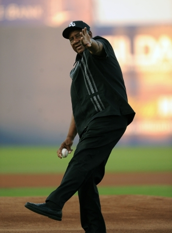 Former Negro League baseball player Bose Biddle throws out the first pitch before the start of the Las Vegas 51s game against the Omaha Storm Chasers at Cashman Field on Thursday. Josh Holmberg/La ...