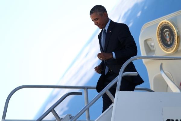 President Barack Obama arrives at McCarran International Airport in Las Vegas Monday, Aug. 24, 2015. ERIK VERDUZCO/LAS VEGAS REVIEW-JOURNAL Follow him