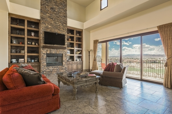 Angela and Matt Stabile recently moved into a Mediterranean-style house in Seven Hills that overlooks the Rio Secco Golf Course. The center of the home is the great room with a focal wall of brick ...