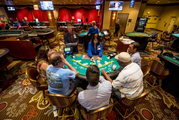 Cards are dealt during a game of blackjack at Boomtown Casino in New Orleans on Tuesday, Aug. 11, 2015. (Joshua Dahl/Las Vegas Review-Journal)