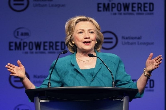 Democratic presidential candidate Hillary Clinton speaks at the National Urban League's conference in Fort Lauderdale, Florida July 31,2015. (Reuters/Andrew Innerarity)