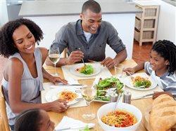 Cuatro formas sencillas y económicas para que su familia consuma alimentos sanos