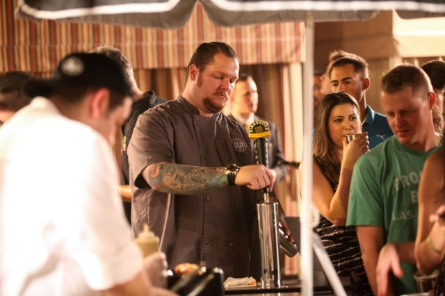 Beer Pouring at 2014 LV Beer and Barrel Event (Courtesy)