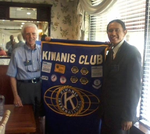 Howard Naylor, president of the Kiwanis Club of Las Vegas, left, holds a banner Aug. 12 with Jester Jersey, a member of the Kiwanis Club of Davis, Calif. Jersey is walking across the country to ra ...