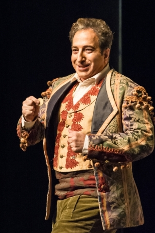 """Metropolitan Opera baritone Daniel Sutin is set to star in """"Viva Verdi"""" Sept. 9 in Cabaret Jazz at The Smith Center for the Performing Arts. (Richard Brusky/Special to View)"""