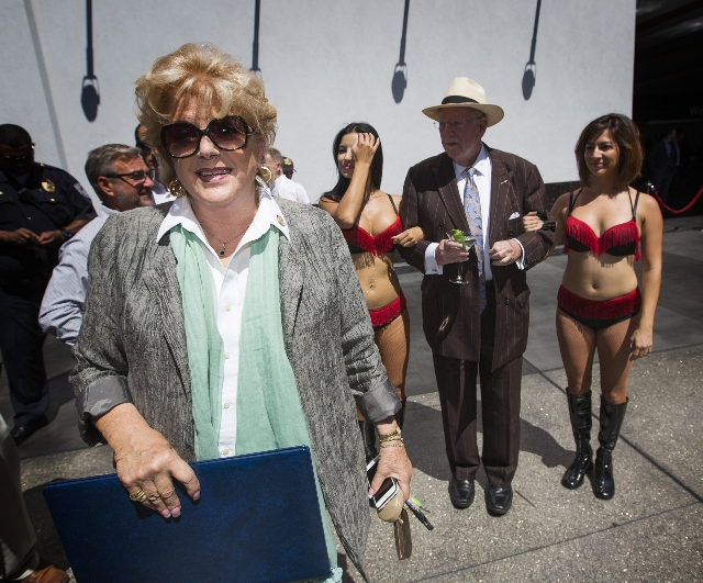 Las Vegas Mayor Carolyn Goodman and former Las Vegas Mayor Oscar Goodman arrive during the  unveiling of the Manneken Pis outside the D Las Vegas 301 East Fremont Street  on Tuesday, Sept. 1, 2015 ...