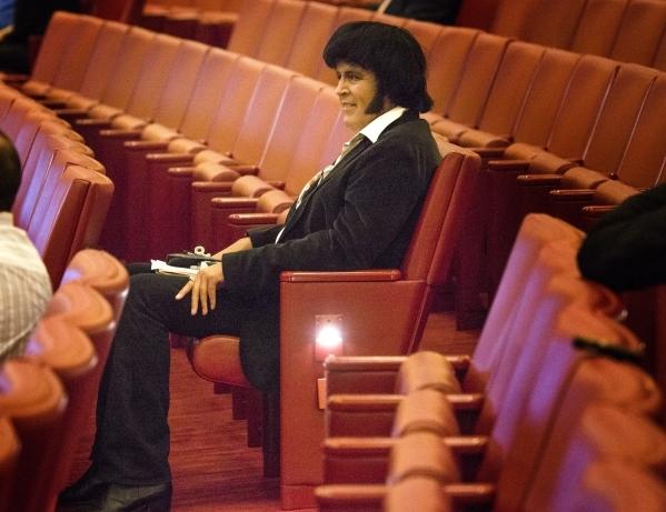 Elvis impersonator Chris Johnson listen during the Fremont Street ordinance hearing at Las Vegas City Council on Wednesday, Sept. 02, 2015. JEFF SCHEID/LAS VEGAS REVIEW-JOURNAL Follow him @jlscheid