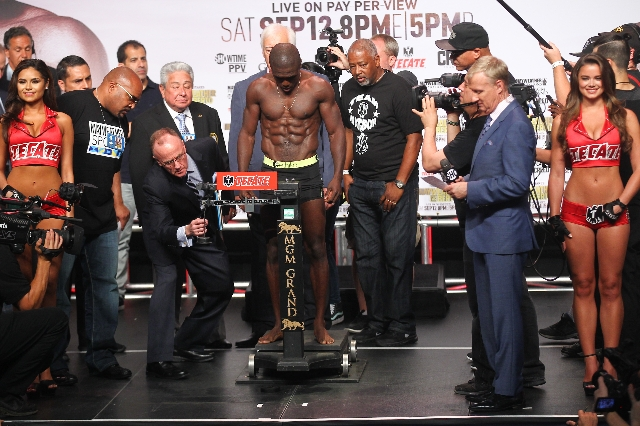 Boxer Andre Berto weigh-ins ahead of his Sept. 12 fight against Floyd Mayweather Jr. at the MGM Grand Garden Arena in Las Vegas on Friday, Sept. 11, 2015. Chase Stevens/Las Vegas Review-Journal Fo ...