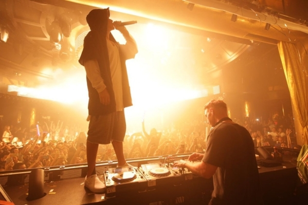 Justin Bieber performing with Diplo at XS Saturday. (Courtesy Danny Mahoney)