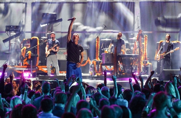 Coldplay performs during the iHeartradio Music Festival at the MGM Grand Garden Arena in Las Vegas on Friday, Sept. 18, 2015. Chase Stevens/Las Vegas Review-Journal Follow @csstevensphoto