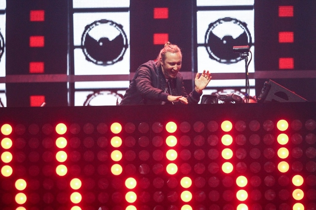 David Guetta performs during the iHeartRadio Music Festival at the MGM Grand Garden Arena in Las Vegas on Friday, Sept. 18, 2015. (Chase Stevens/Las Vegas Review-Journal) Follow @csstevensphoto
