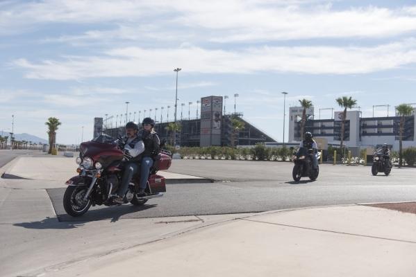 Ride participants head to Town Square Las Vegas during the Ride for Kids benefit at Las Vegas Motor Speedway in Las Vegas Sunday, Sept. 27, 2015. Jason Ogulnik/Las Vegas Review-Journal