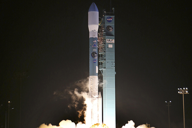 A 127-foot (39 meter) rocket built and flown by United Launch Alliance blasts off at 6:22 a.m. PST (14:22 GMT) from Vandenberg Air Force Base, California in this January 31, 2015 file photo. (Gene ...