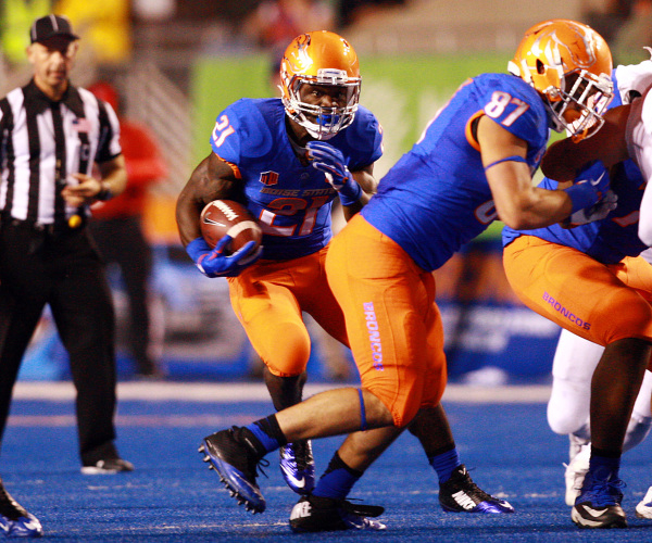 Sep 18, 2015; Boise, ID, USA; Boise State Broncos running back Jack Fields (21) runs for positive yardage during the second half versus the Idaho State Bengals at Albertsons Stadium. Boise State d ...
