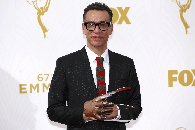 Actor Fred Armisen arrives at the 67th Primetime Emmy Awards in Los Angeles, California September 20, 2015. (Mario Anzuoni/Reuters)