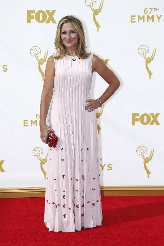 Actress Edie Falco arrives at the 67th Primetime Emmy Awards in Los Angeles, California September 20, 2015. (Mario Anzuoni/Reuters)