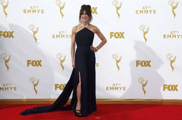 Actress Felicity Huffman arrives at the 67th Primetime Emmy Awards in Los Angeles, California September 20, 2015.  REUTERS/Mario Anzuoni