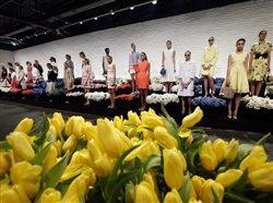 4 ways flowers and fashion go hand in hand