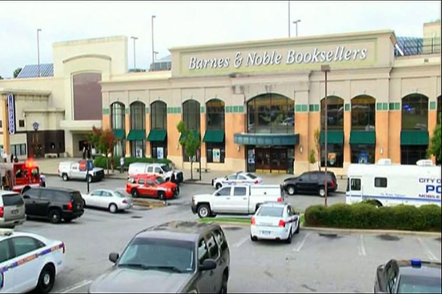 Officer-Involved Shooting Reported At SC Mall (AP/NDN)