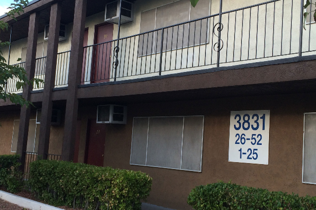 Las Vegas police are investigating a fight that resulted in a homicide in an apartment  in the 3800 block of Swenson Street, near Twain Avenue, on Monday, Sept. 14, 2015. (Bizuayehu Tesfaye/Las Ve ...