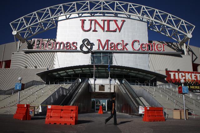 Thomas and Mack Center at UNLV in Las Vegas is seen on Wednesday,  Sept. 23, 2015. ERIK VERDUZCO/LAS VEGAS REVIEW-JOURNAL