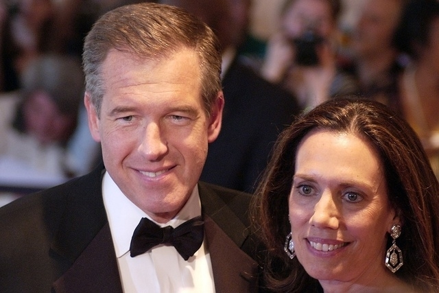 Brian Williams arrives on the red carpet of the White House Correspondents Dinner on May 9, 2009. (Reuters)